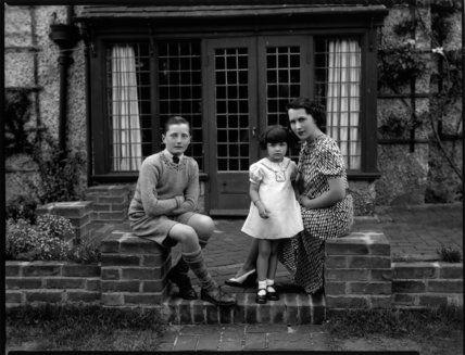 Sibour family when Jacqueline de Sibour was young