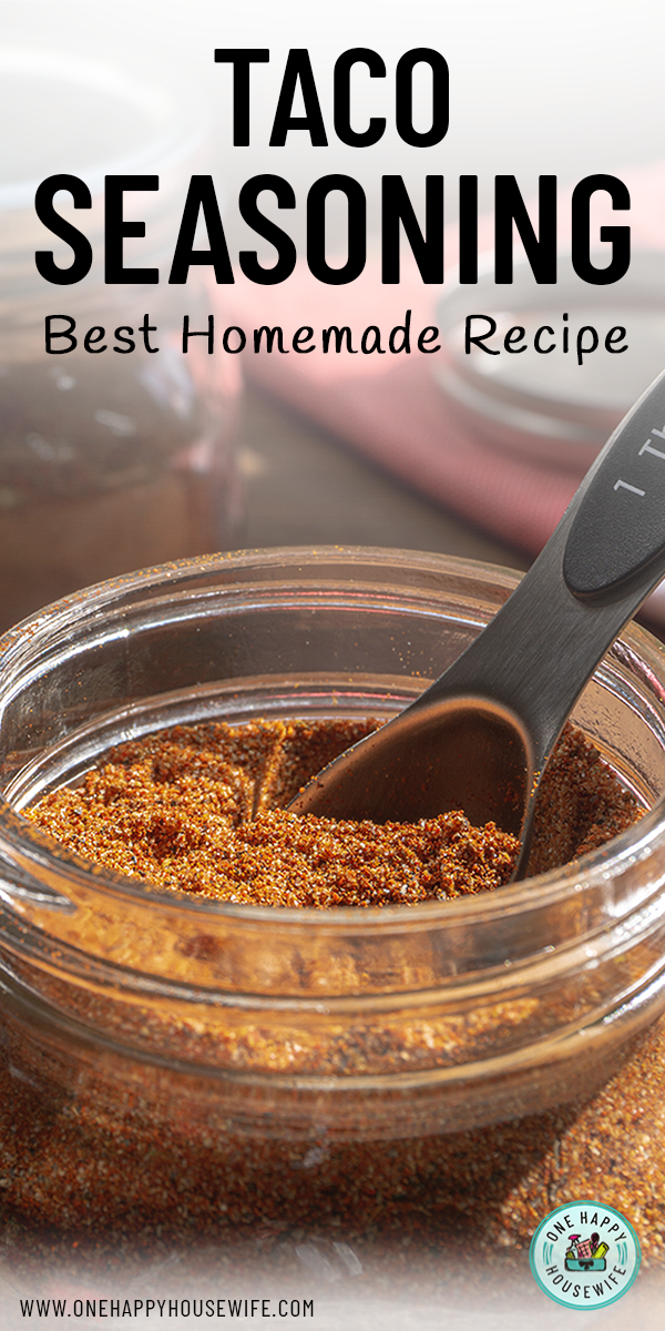 Homemade Taco Seasoning #diytacoseasoning Looking for the best way to make taco seasoning mix at home? This easy recipe is quick to make and uses common spices. The perfect DIY taco seasoning recipe. #taco #seasoning #mix #quick #spices #diy #diytacoseasoning