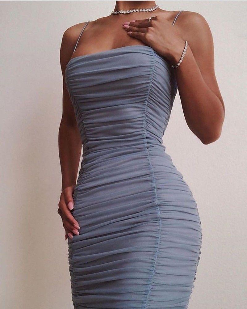 Spaghettibugel Geraffte Figurbetontes Kleid Spaghettibugel Geraffte Figurbetontes Kleid S M L Xl 27 99 Figurbeto In 2020 Kleidung Outfit Outfit Ideen