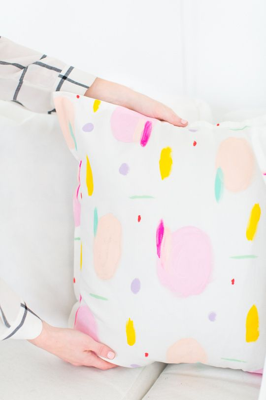 DIY pattern throw pillows - so pretty!