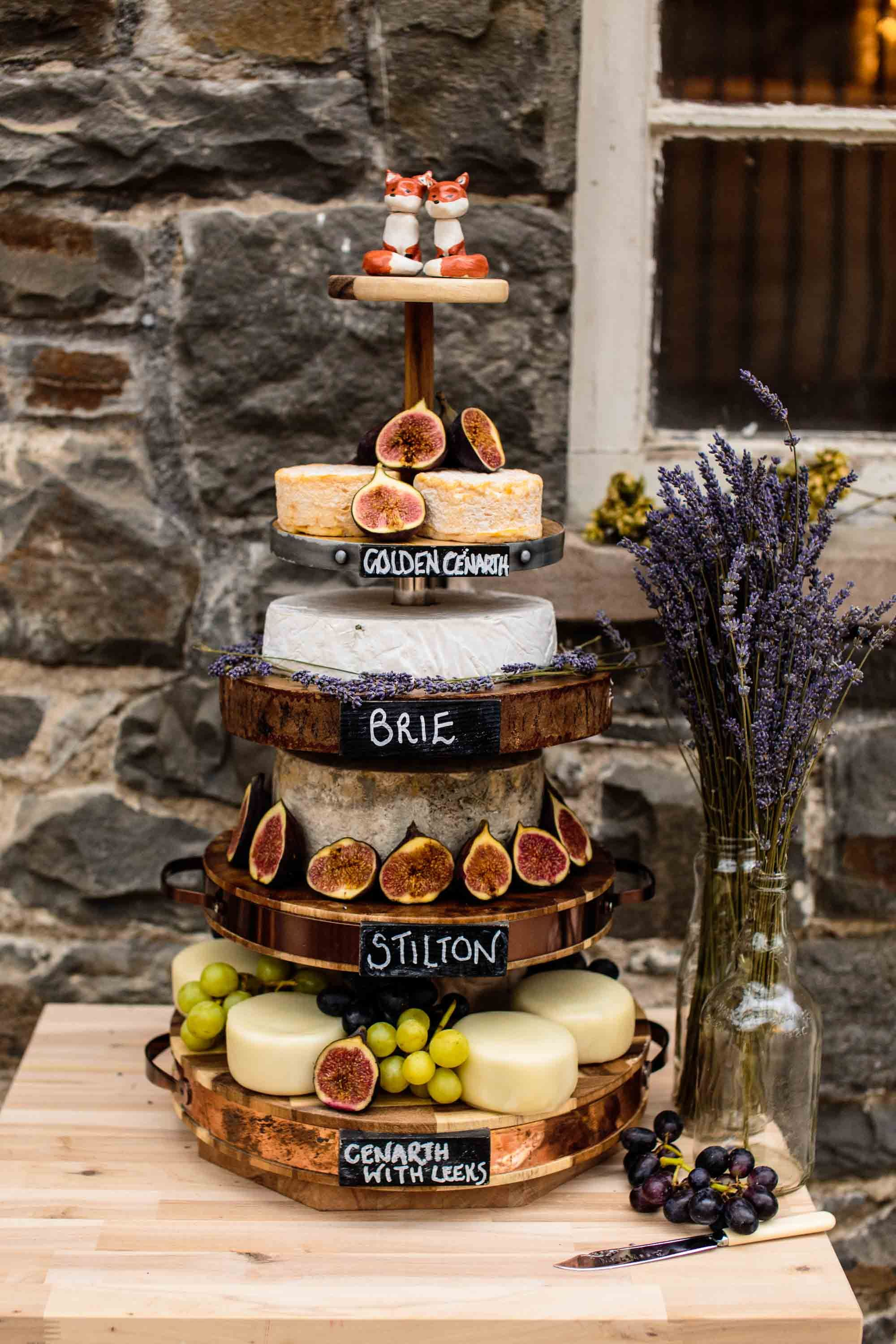 Plas Dinam Wedding Photography Wedding Cake Rustic Wedding