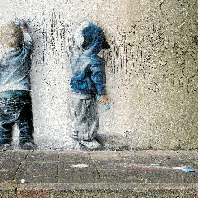 Cool street art Throwback Thursday post via/by Telmo Miel 2009