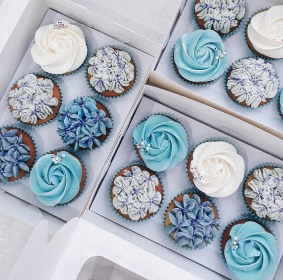 Vegan And Gluten Free Wedding Cake Ideas Alternative: Teal & Blue Cupcakes A Simple Yet Beautiful Alternative To