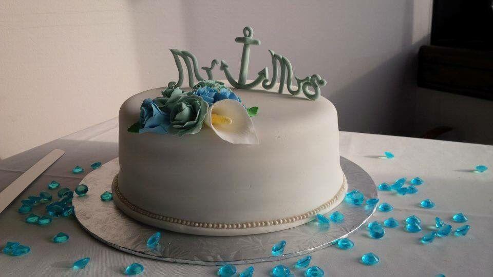 Mr and mrs nautical theme cake -Aaron and Gloria's wedding