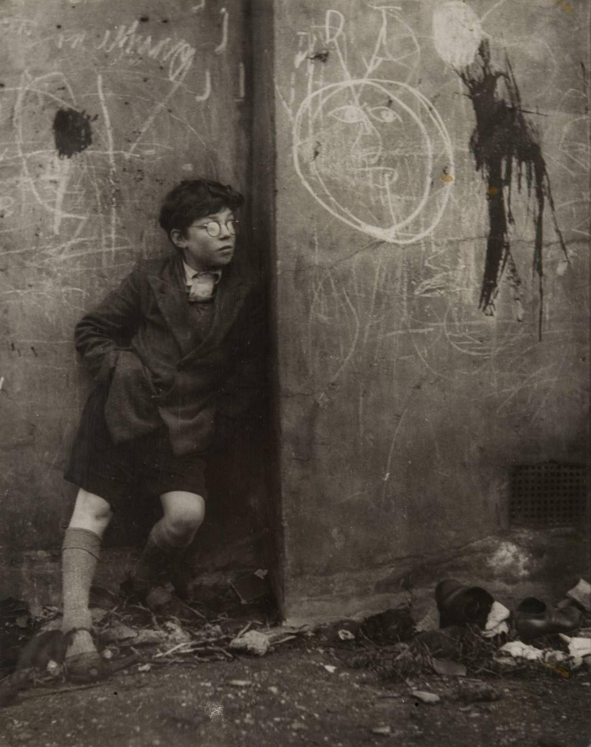 Nigel Richardson. Peter Samuels. 1951.