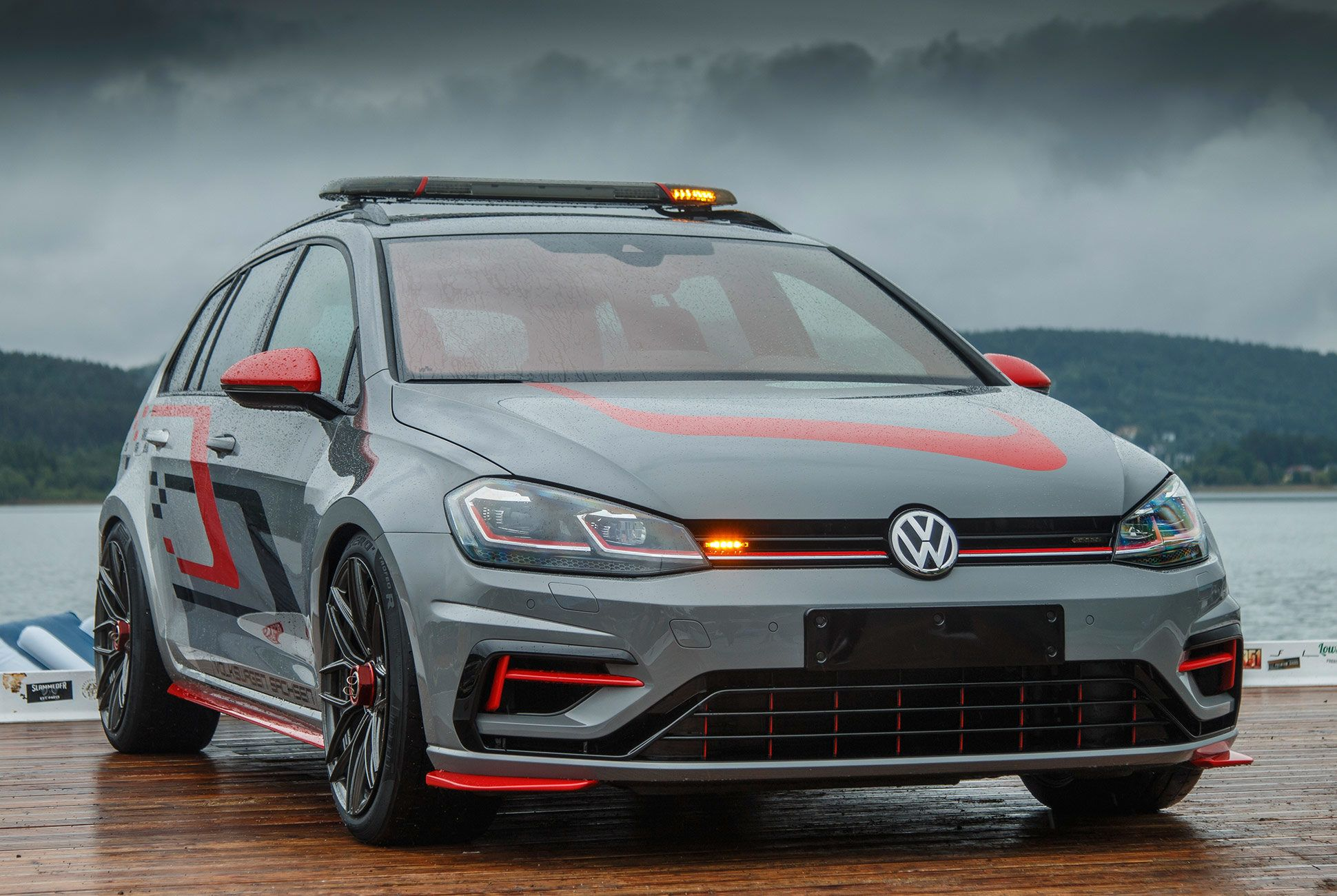 Vw S Insane Golf R Wagon And Gti Concepts Hide Serious Power Volkswagen Wagon Volkswagen Golf