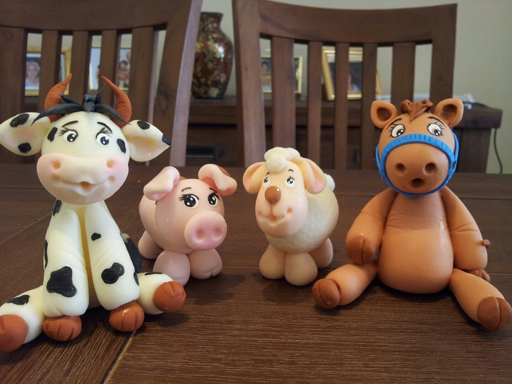 Barn with farm animals cake topper fondant or cold porcelain