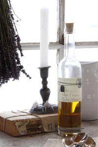 Glasflasche verziert von Jeanne d´Arc living