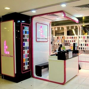 Are you searching for mobile phone shop Singapore nearest to your