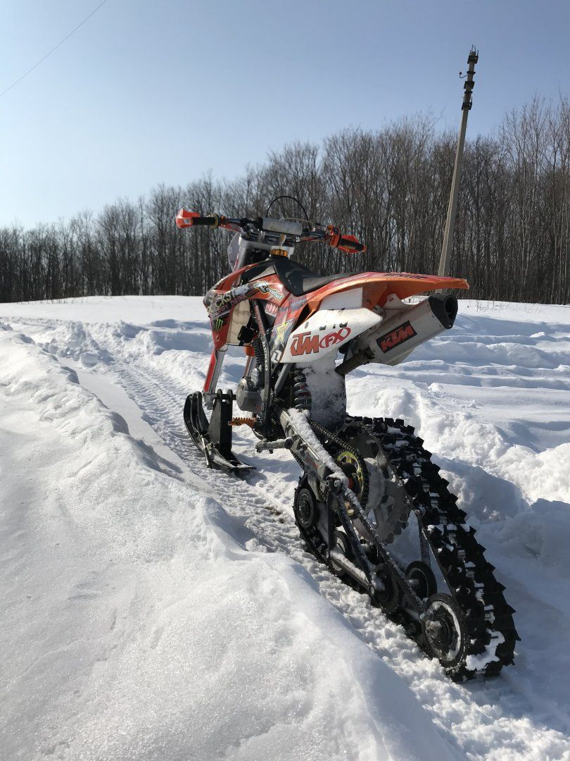 Pin By Gaio Bravo On Snego Motocikl Snowbike Surf Bike Ktm Dirt Bikes
