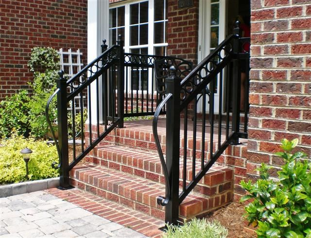 Decorative Step Rail With Rings And Long Lamb Tongue Wrought