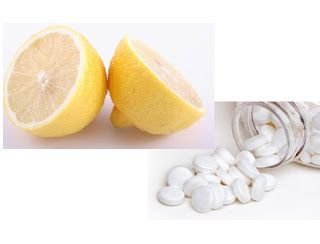 Aspirin & Lemon Juice Face Mask  1. Mash up 6-12 non-coated aspirins and combine with freshly squeezed lemon juice. 2. Let the aspirin dissolve until it turns into a paste. 3. Apply the mask to your skin and leave it on for 10 minutes. 4. Remove the face mask by dipping a cotton round in some baking soda and some water.  Simple huh? Can't wait to try it!