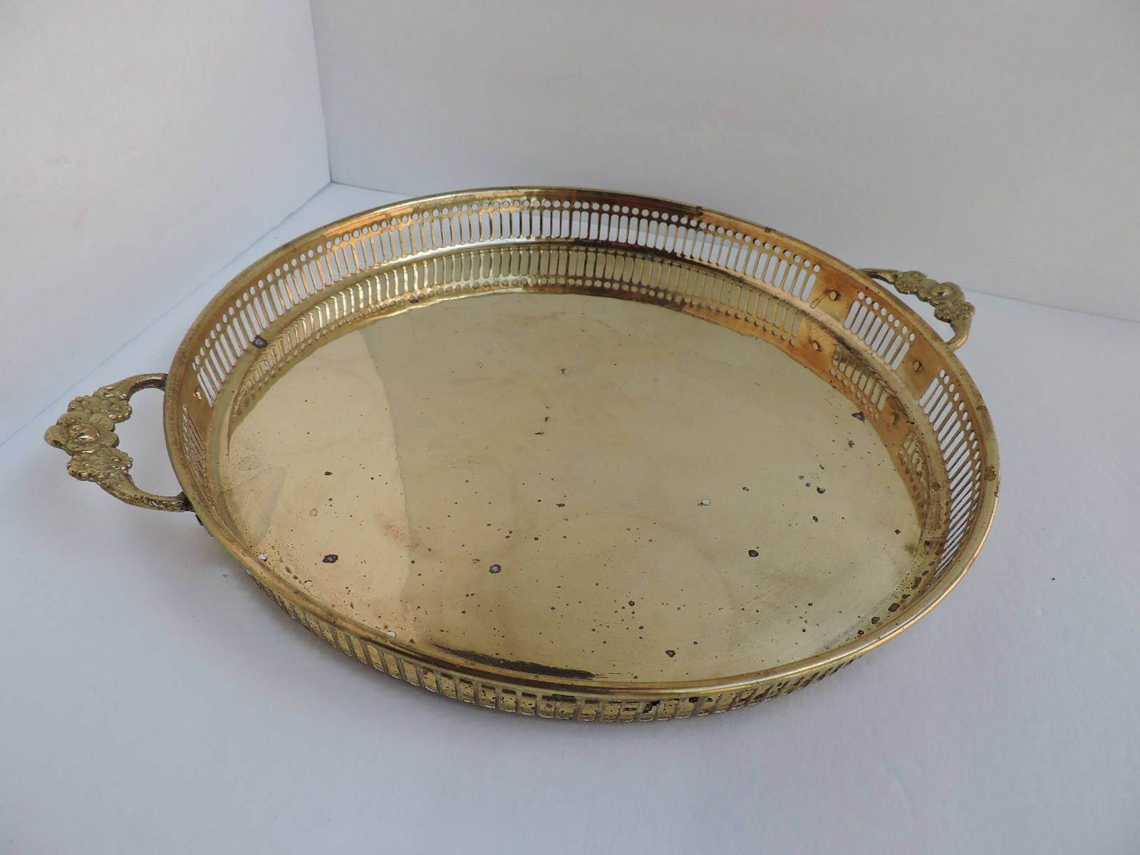 Round Brass Tray With Handles Reticulated Vintage Brass Etsy Brass Tray Vintage Brass Vintage Trays [ 1200 x 1600 Pixel ]