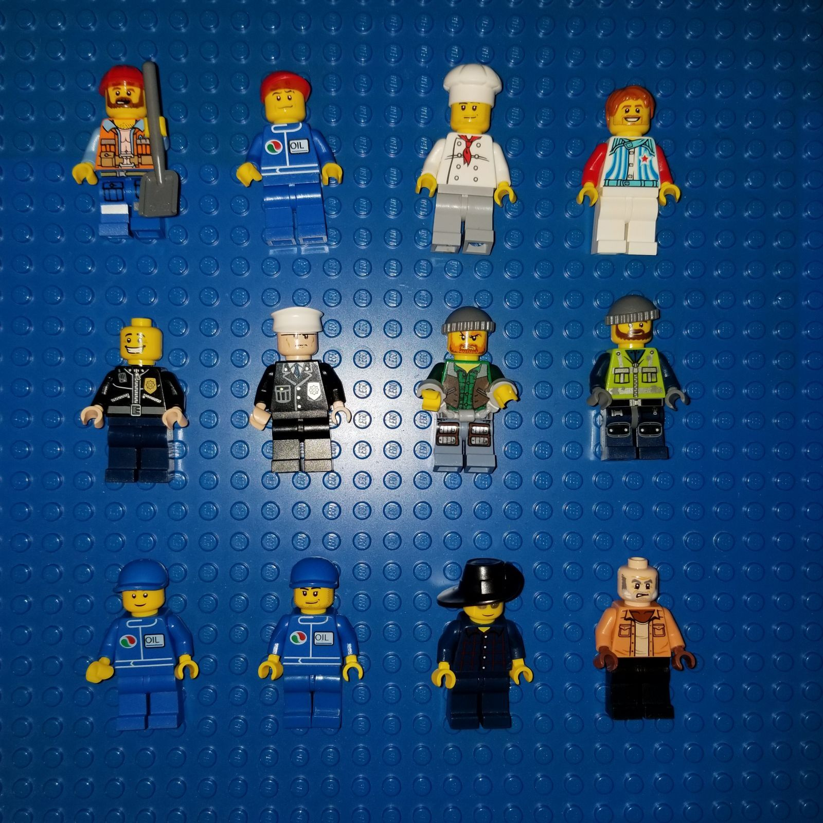 Lego CITY Minifigures Lot Bundling available at your request