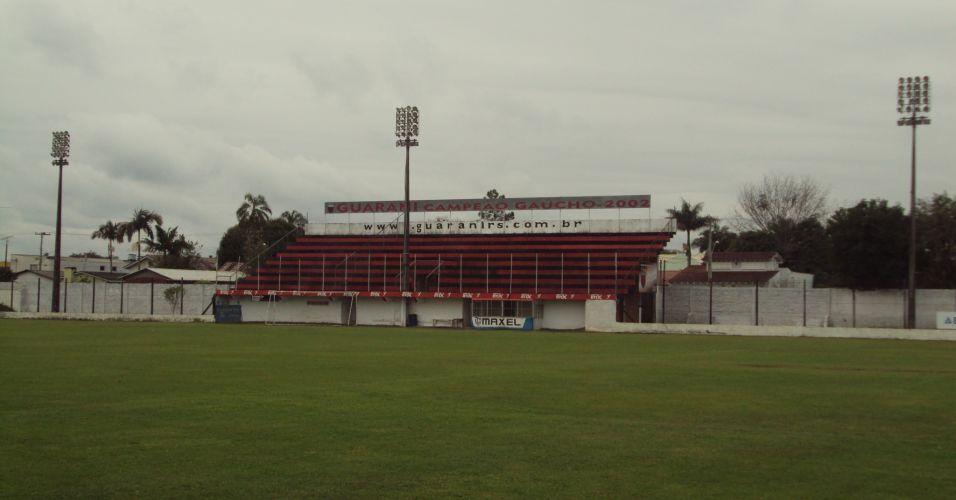 a350840b26 Estádio Edmundo Feix - Venâncio Aires (RS) - Capacidade  4 mil - Clube   Guarani