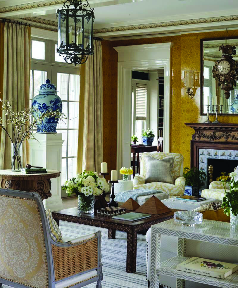 Traditional Decorating Ideas For Living Rooms Homes Tre Traditional Interior Design Interior Design House Design