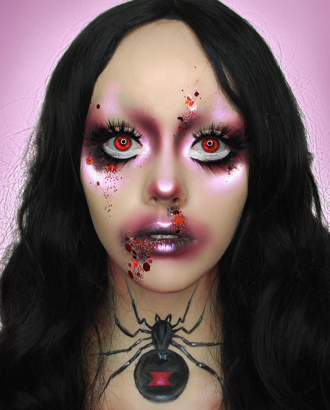 Here's another of this creepy black widow look from the