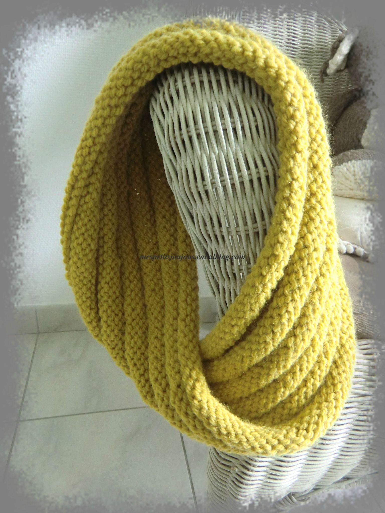 tricoter un snood avec une aiguille circulaire