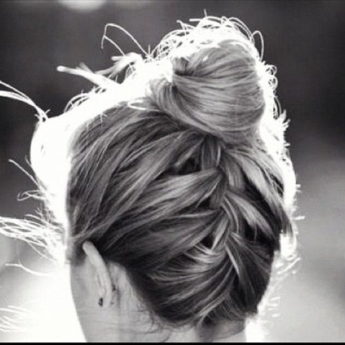 60 Updos For Thin Hair That Score Maximum Style Point Thin Hair Updo Hair Styles Long Hair Styles