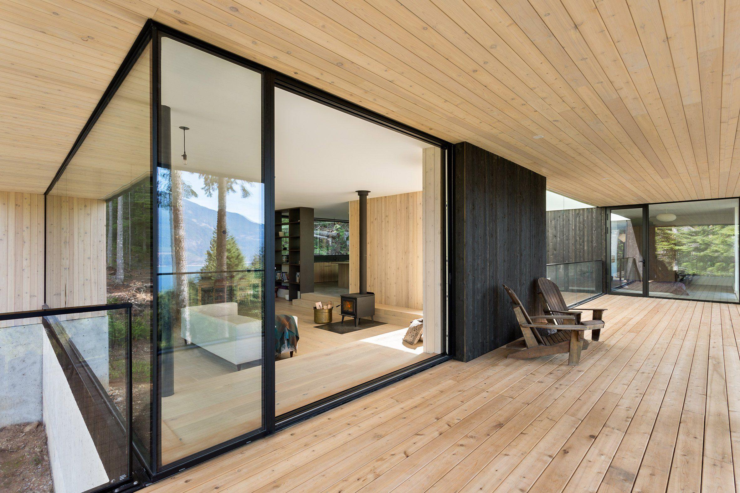 Exceptional Stilt House Hunter Office Architecture_dezeen_2364_col_14 (2364×1576)