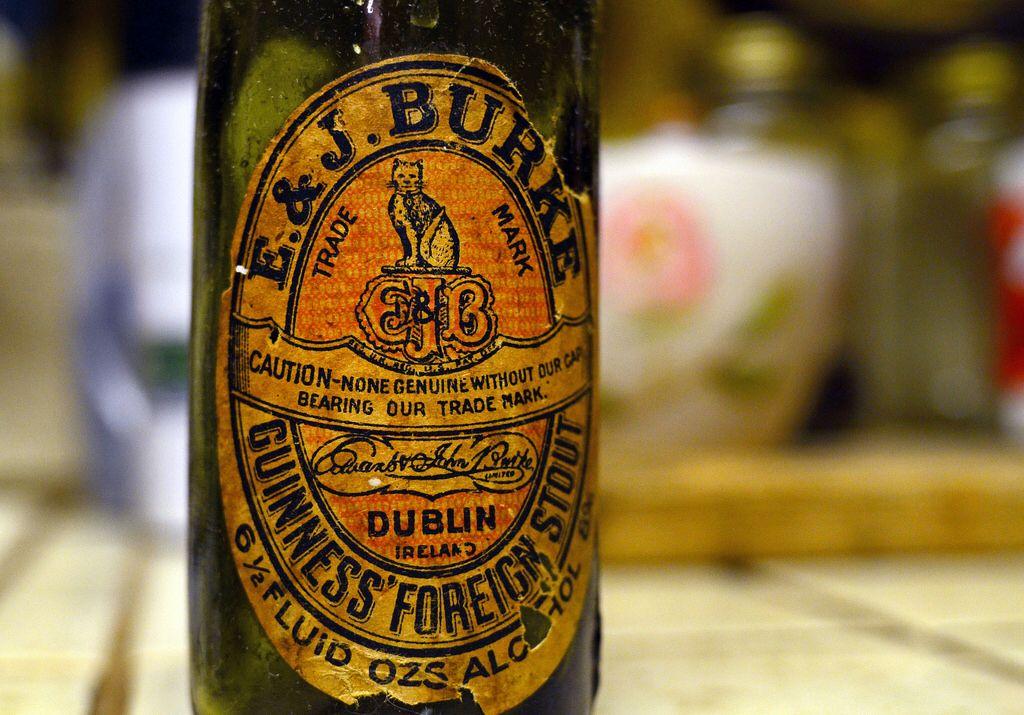 Guinness' Foreign Stout / Dublin Ireland Guinness