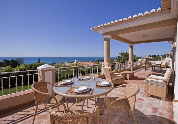 Villa am Meer mit viel Privatsphäre › Immobilien Meerblick