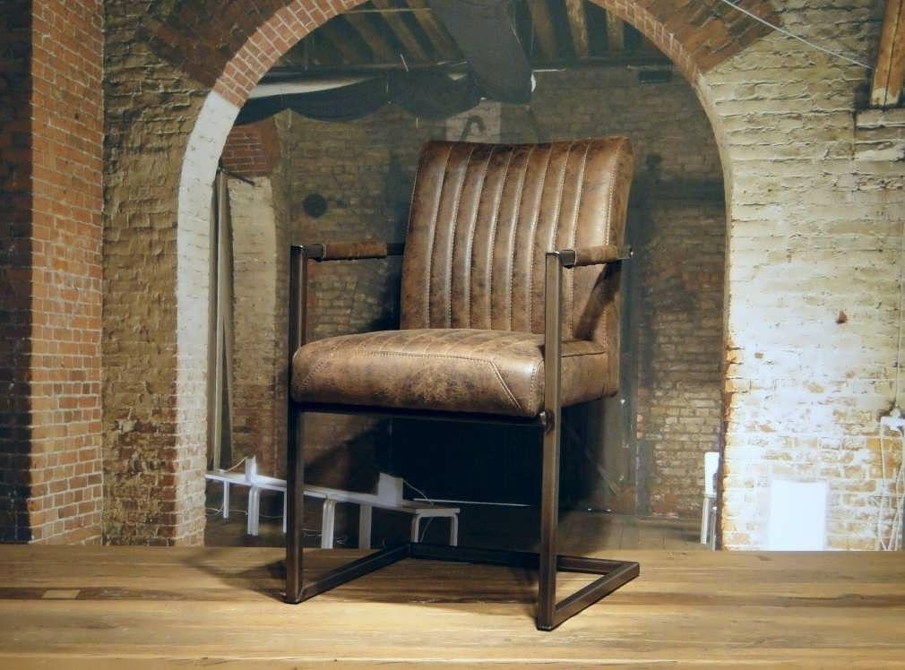 Microvezel Stof Stoel : Luxe stoel met mooie microvezel stof en stalen poot woon en