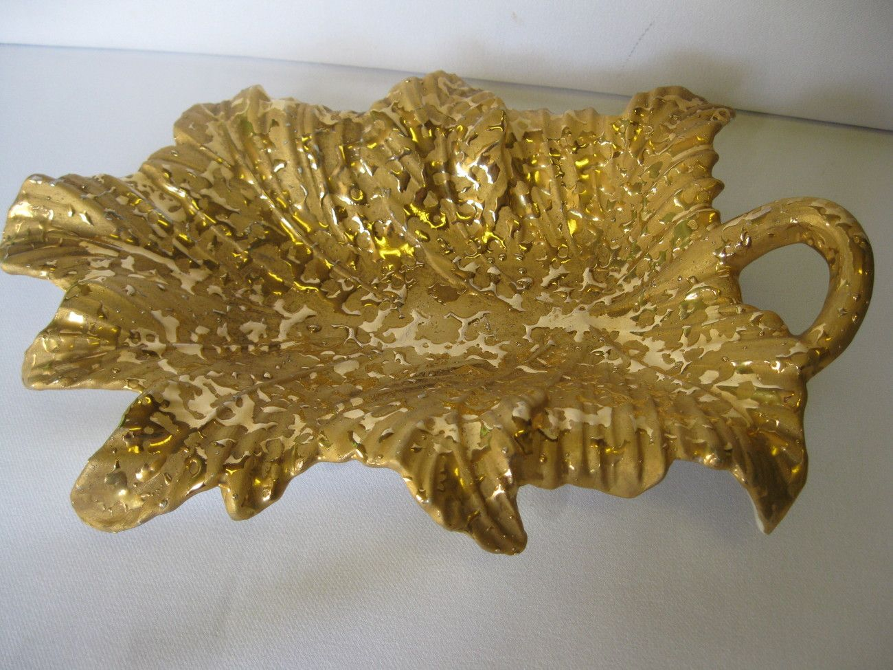 84fb96c9f58a Ceramic Weeping Bright Gold Hand Decorated 22K Gold Leaf Candy Dish Made in  USA  teamsellit