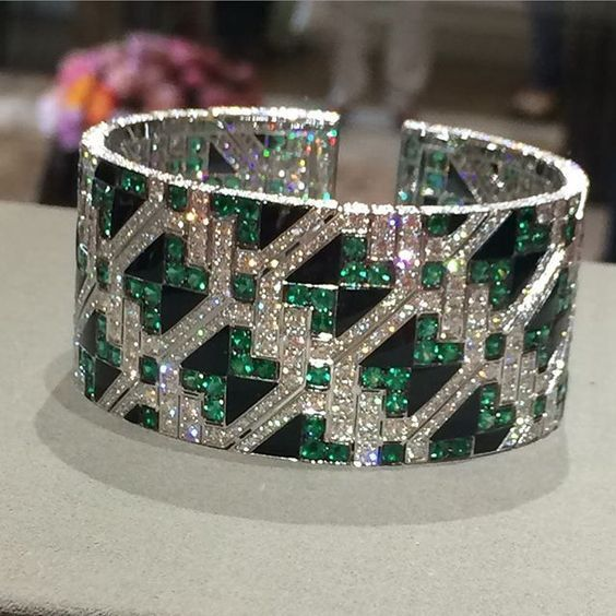 Giampiero Bodino Important Emerald and Diamond Cuff Bracelet