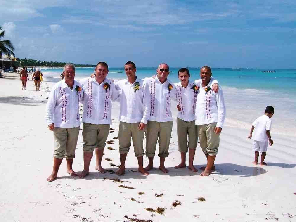 Mens Beach Wedding Attire Ideas | beach wedding ideas | Pinterest ...