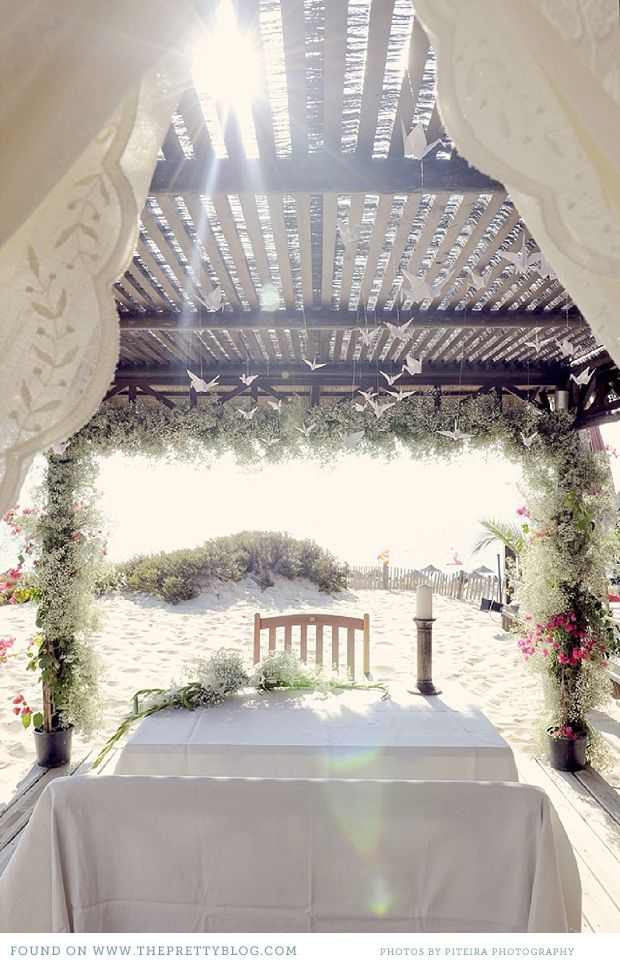 small beach wedding ceremony ideas%0A Jamie  u     C  tia u    s Chic Beach Wedding