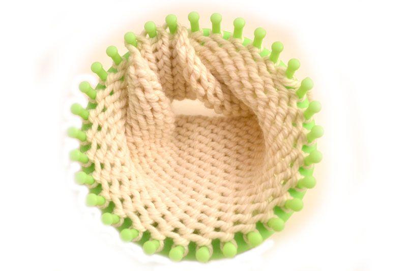 Tutorial fascia per capelli in lana fatta con il Telaio circolare ... e67f2eaf1499