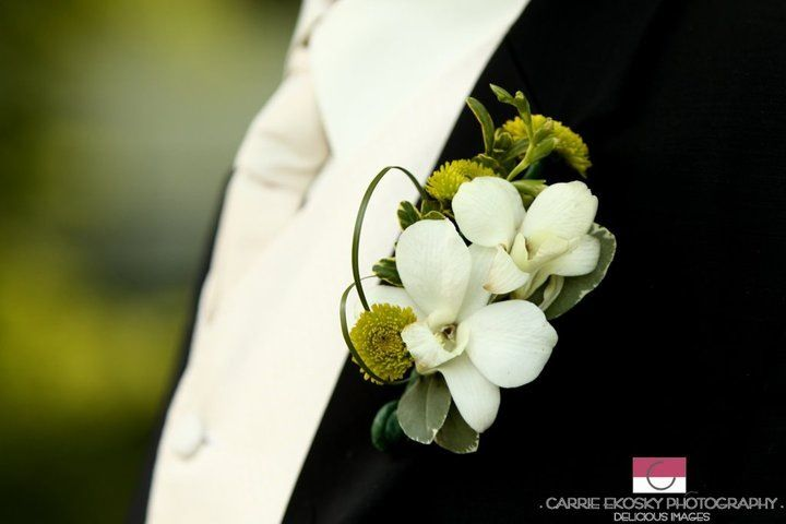 A Dream... Wedding & Events .... Boutonnieres