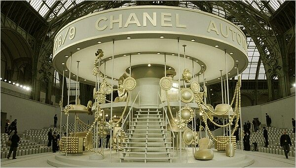 Chanel Fashion Show Stage Set Defile Mode Mode