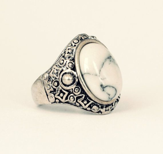 Tibetan Bohemian White Turquoise Ring - Black-Vintage Silver Jewellery-Boho Festival Style -Thumb Rings -Gemstone Hippy-US Size 7/8/9/10/11 -