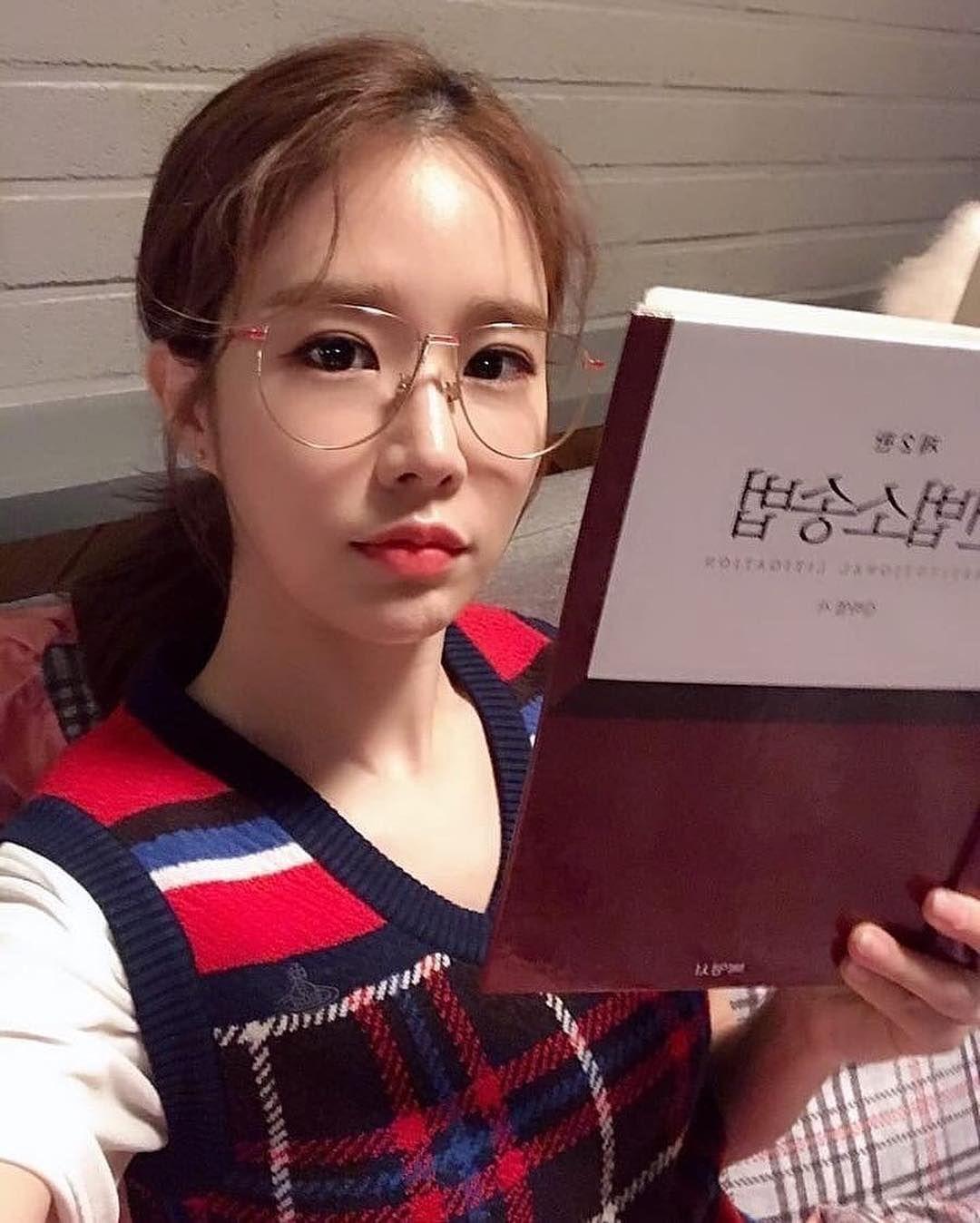 "Yoo In Na 유인나 劉寅娜 on Instagram: ""《觸及真心》經紀人歐巴IG更新 </p> </div>  </article> </div><!-- .wrap --> </main>   <div id="