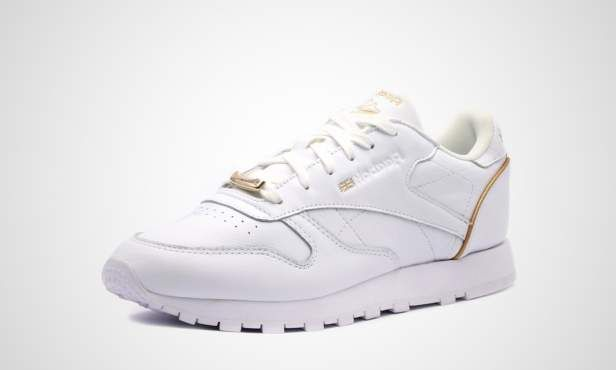 sports shoes 3b4e7 6945b With the Classic Leather, Reebok is bringing back a running legend ...  reebok