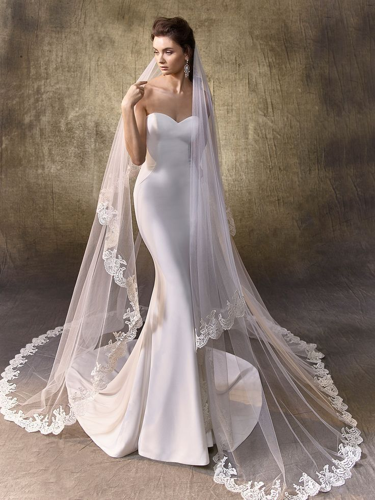 simple minimalist plain white dress wedding gown 2017 Enzoani, Logan ...