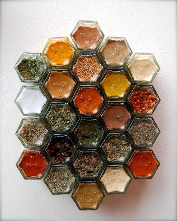 Magnetic Spice Racks: Absolutely awesome idea!