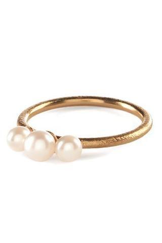 Pernille Corydon Multiple Pearl Gold Ring