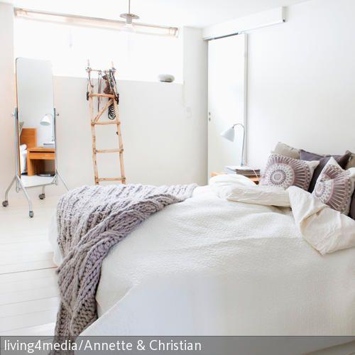 Die Sanften Farben Lassen Den Raum Hell Und Harmonisch Wirken U2013 Ideal, Wenn  Man Sein Schlafzimmer Skandinavisch Einrichten Möchte.