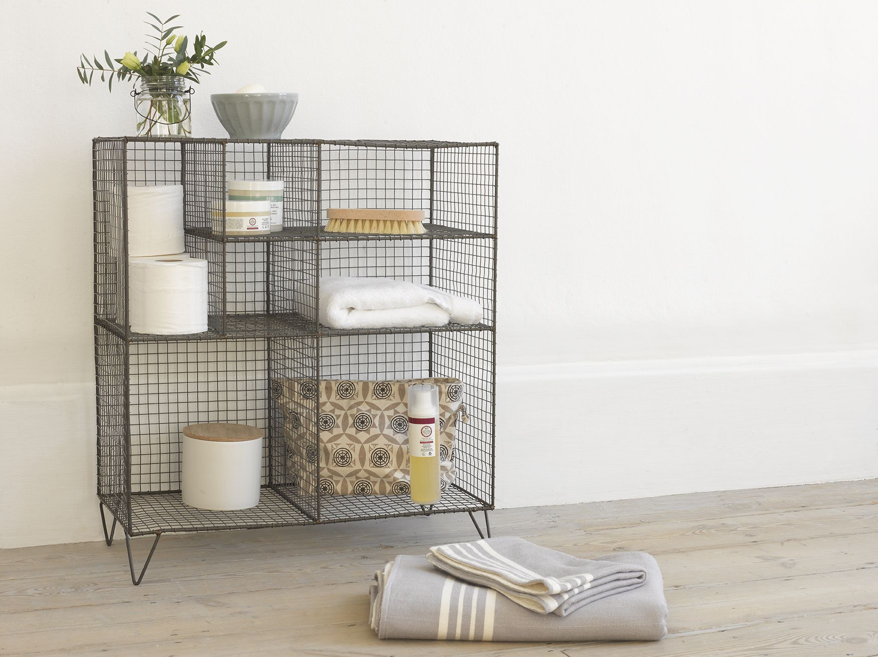 Low Wire Bathroom Towel Storage Towel Storage And Bathroom Towels - Towel storage solutions for small bathroom ideas