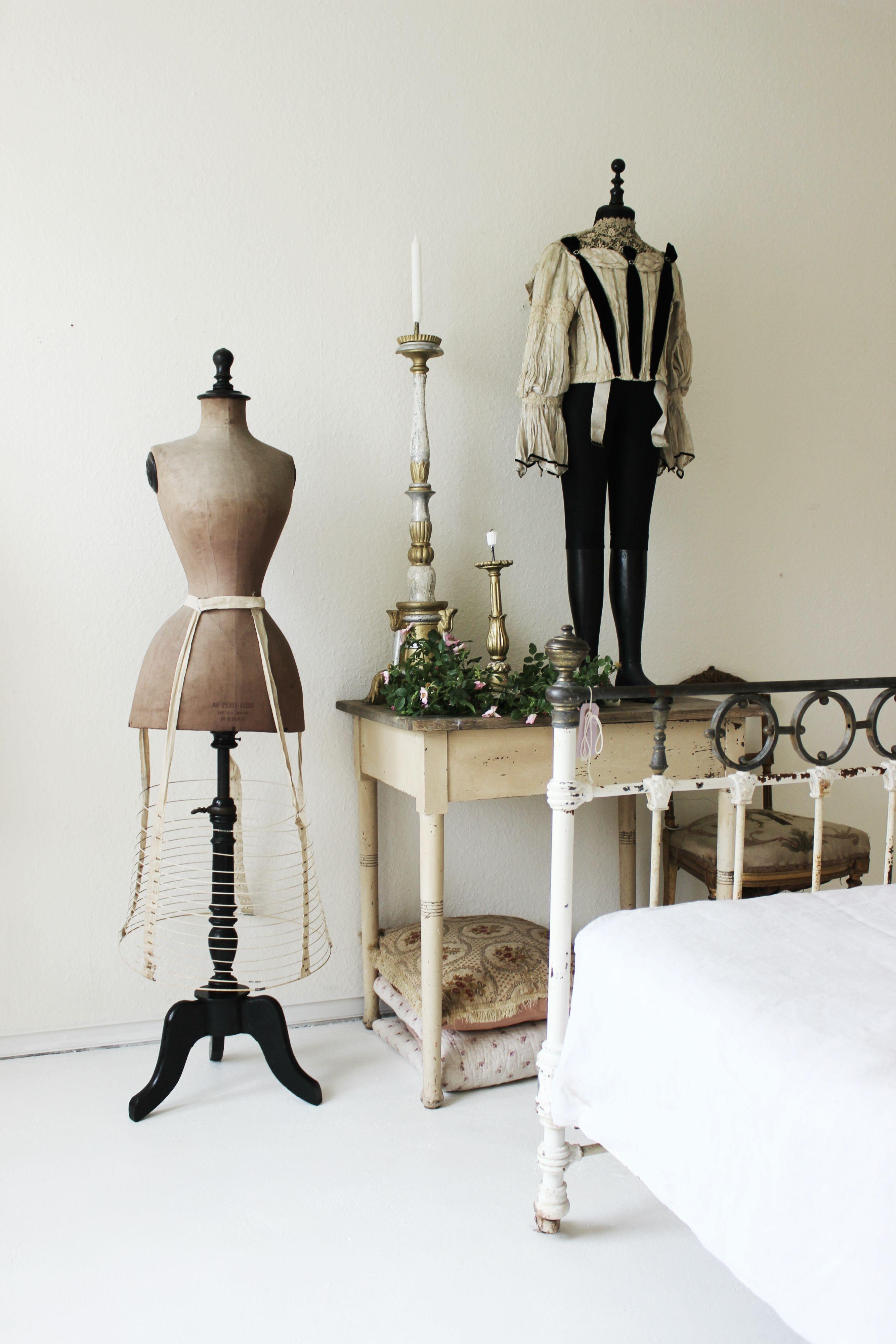 Beautiful #bedroom #crinoline #antique #mannequin #french