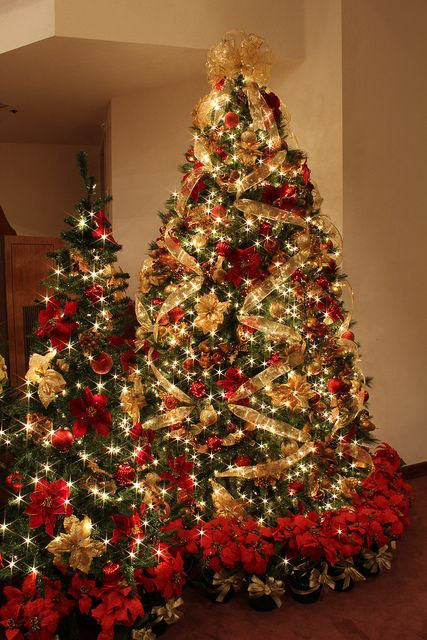 red and gold christmas tree with jeweled fruit by mastery of maps via flickr - Red And Gold Christmas Decorations