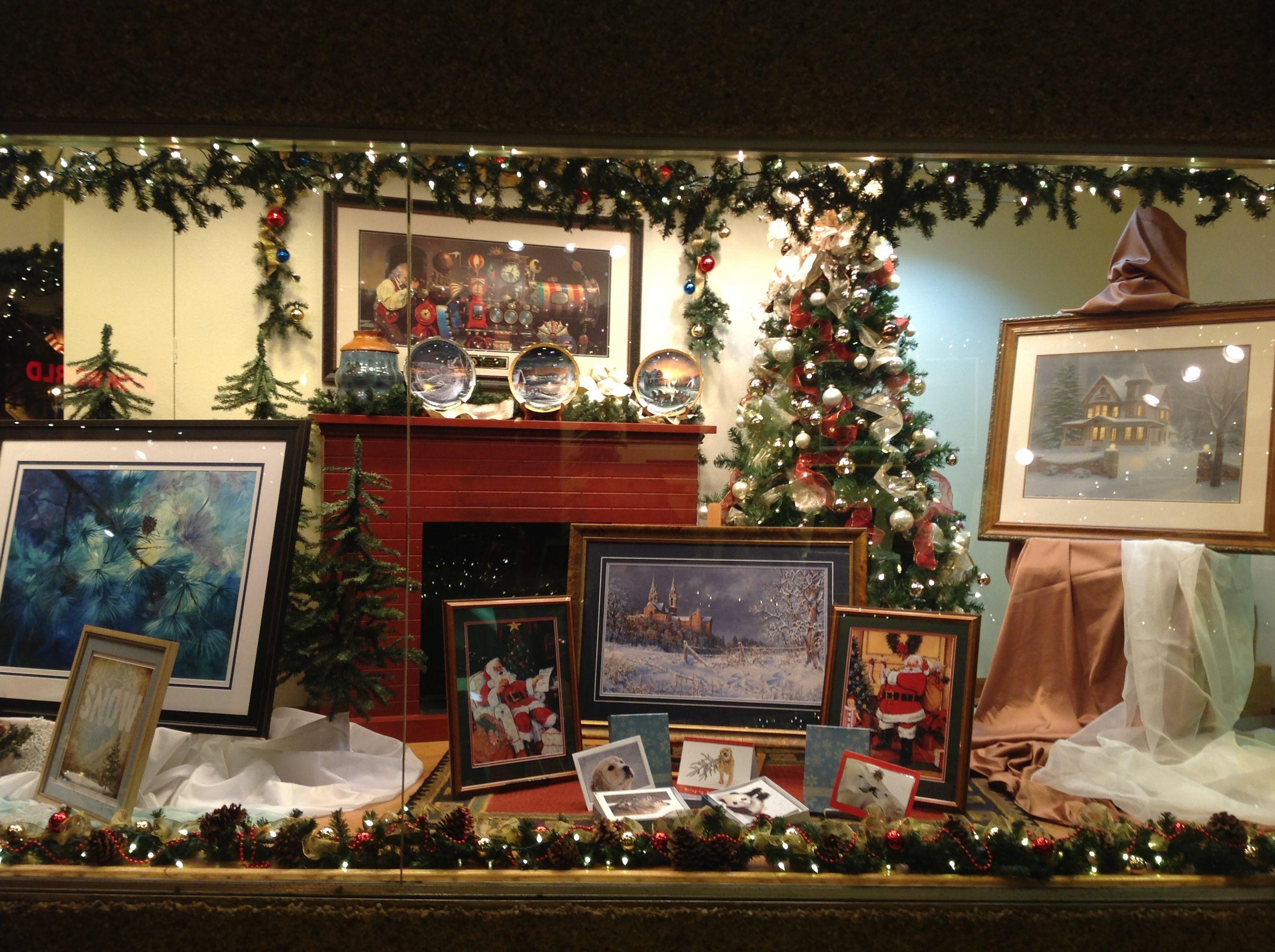 Gallery & Frame Shop window display galleryframe christmas