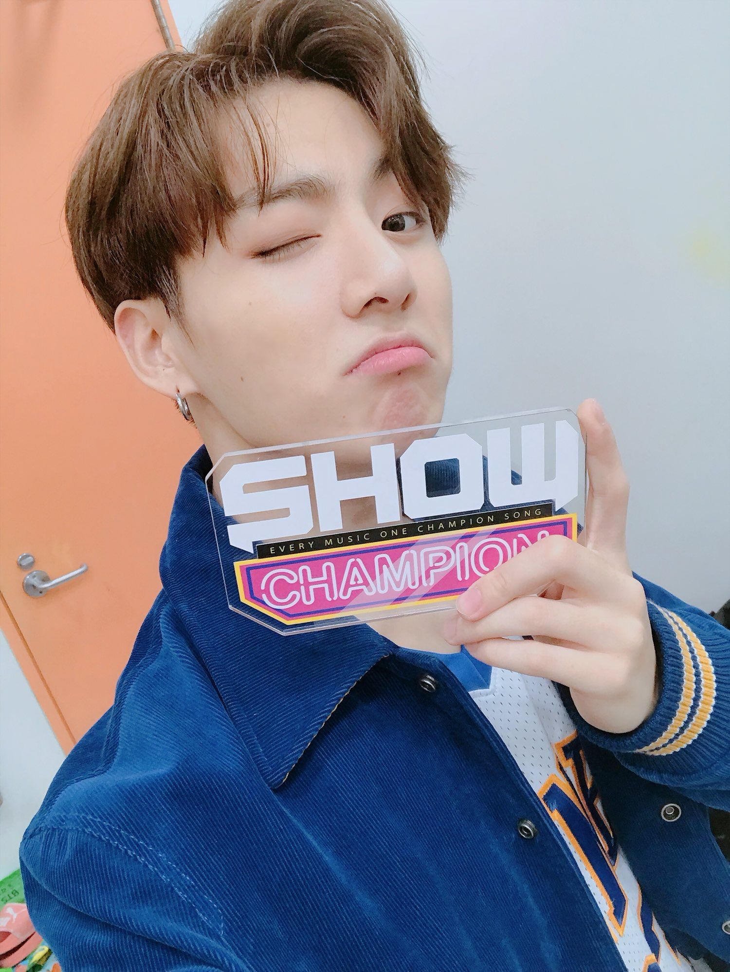 JUNGKOOK on Show Champion's Official Twitter account (@showchampion1
