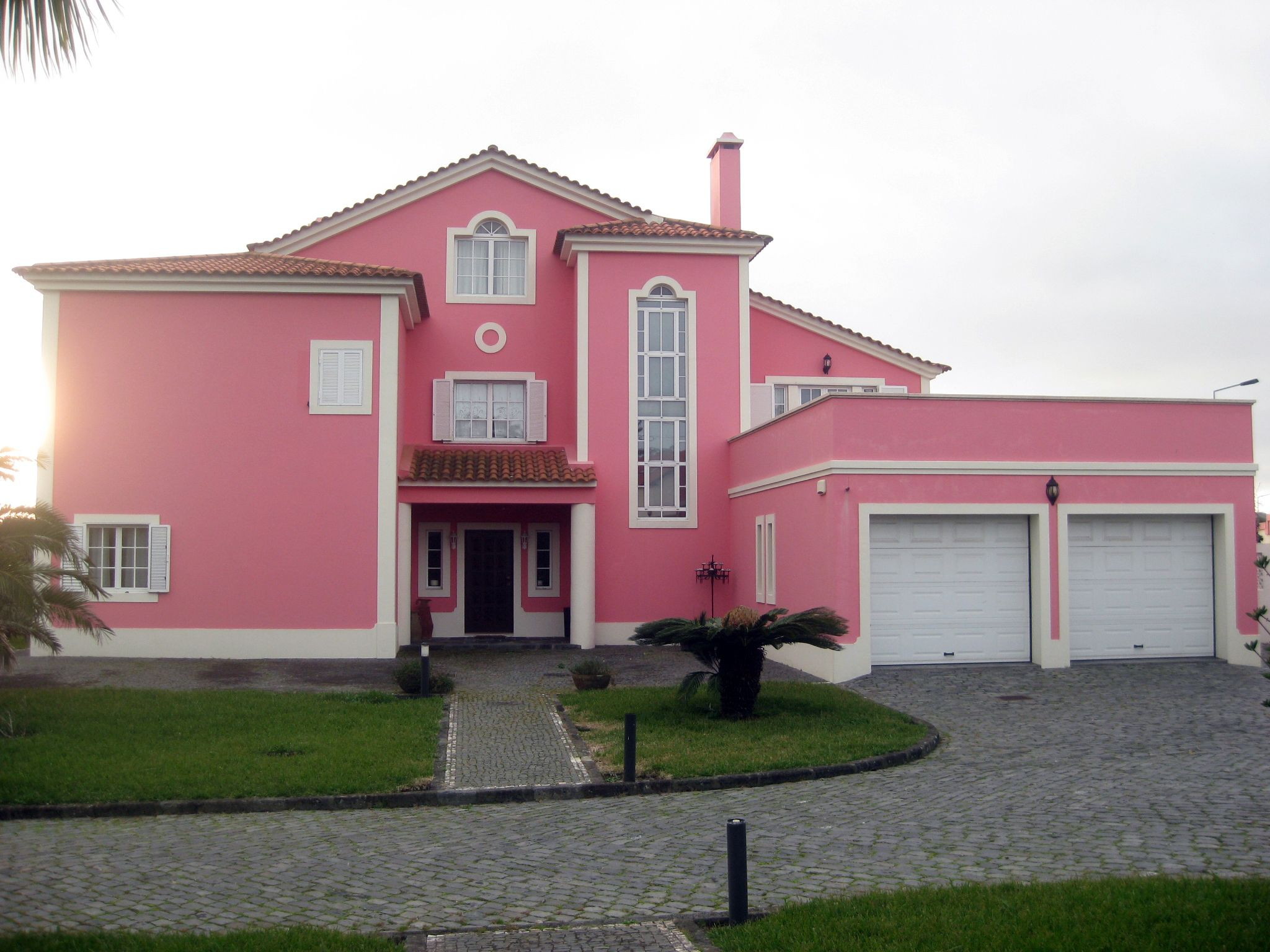 Pin em Real Estate in the Azores