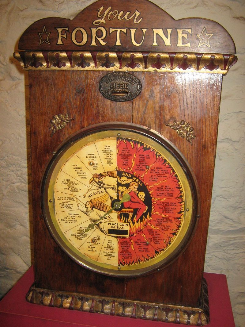 Fortune Teller Booth Halloween Craft: 1000+ Images About Fortune Telling Machines On Pinterest