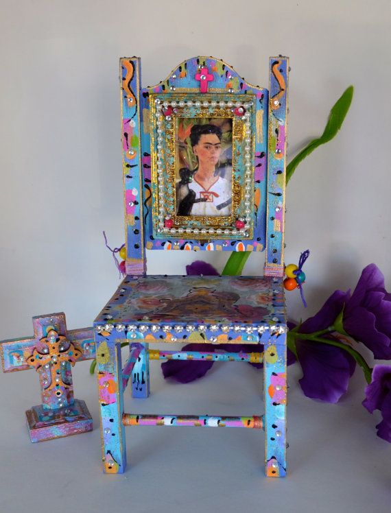 Frida Kahlo Retro Mexican Art Crucifix Home Decor Hand Painted Chair Via Etsy Come Sit Awhile And Visit Www Mainlymexican Mexico