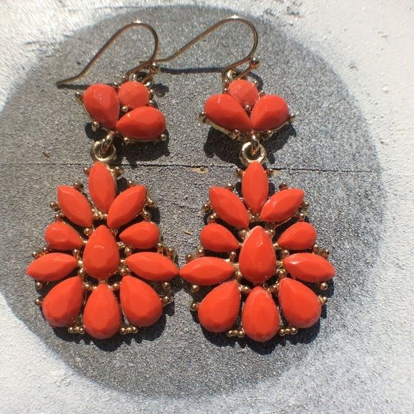 Gold Tone Dangly Earrings Beautiful ☺️✨ each are about 2inches long. With bright orange stones. Comes with gift box! Please feel free to ask any questions. Jewelry Earrings